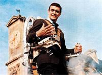 james-bond-gadgets-jet-pack